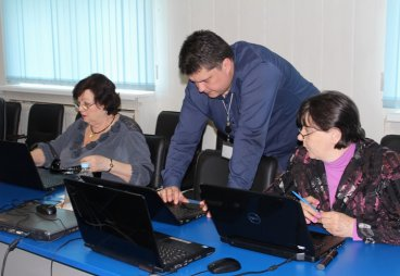 Пенсионеры из 17 районов Псковской области состязались в компьютерном многоборье