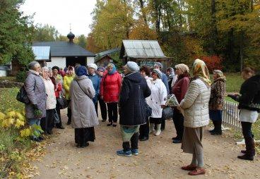 Активисты МО ООО СПР Островского района посетили Пушкинские Горы
