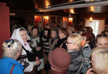 Ветераны и студенты побывали на экскурсии Клуба поколений