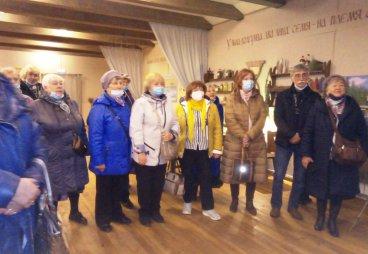 Активисты регионального отделения Союза пенсионеров России посетили «Льняную Губернию»