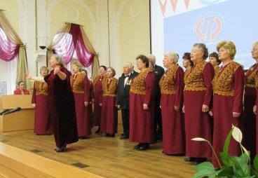 (ФОТО) В Пскове состоялся смотр ветеранских хоров «Нам года не беда, коль душа молода»