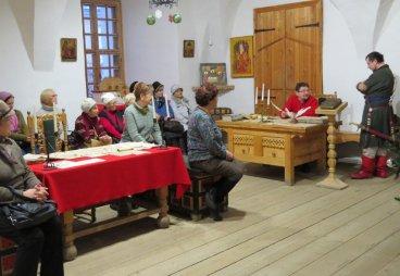 (ФОТО) Около 90 человек слушателей Университета третьего возраста в декабре побывали в Псковском музее